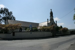 Church_in_Eadestown,_Kildare